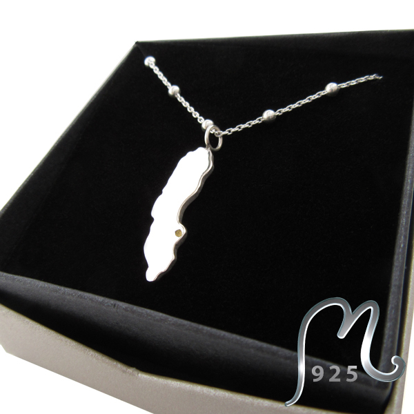 Necklace My place on earth. Personalized. Silver.