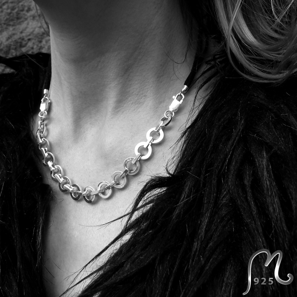 Forza necklace & bracelet in 1. Silver. NEW!