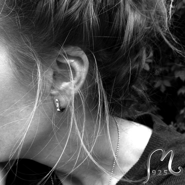 Creol.  Silver earring. NEW!