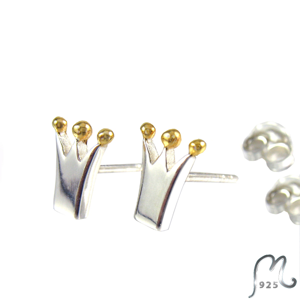 Princess silver studs. Gold plated beads.