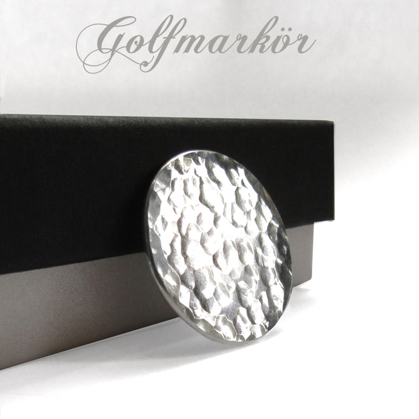 Golf marker in silver. Hammered. NEW!