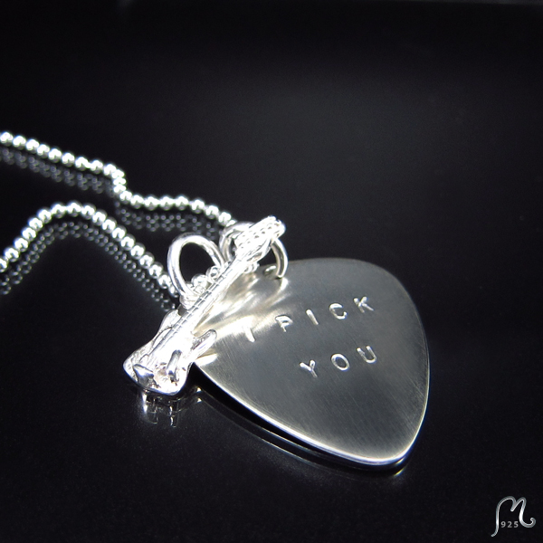 Personalized silver plectrum necklace, chain.