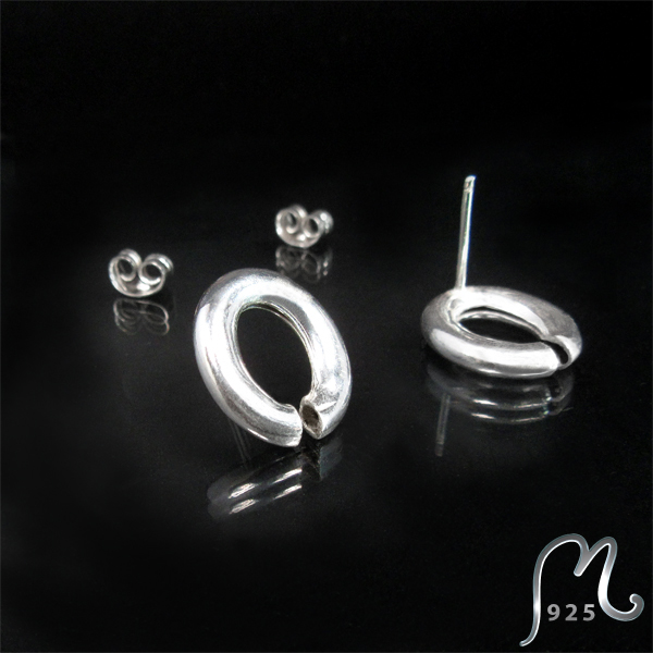 Chunky silver studs. NEW!