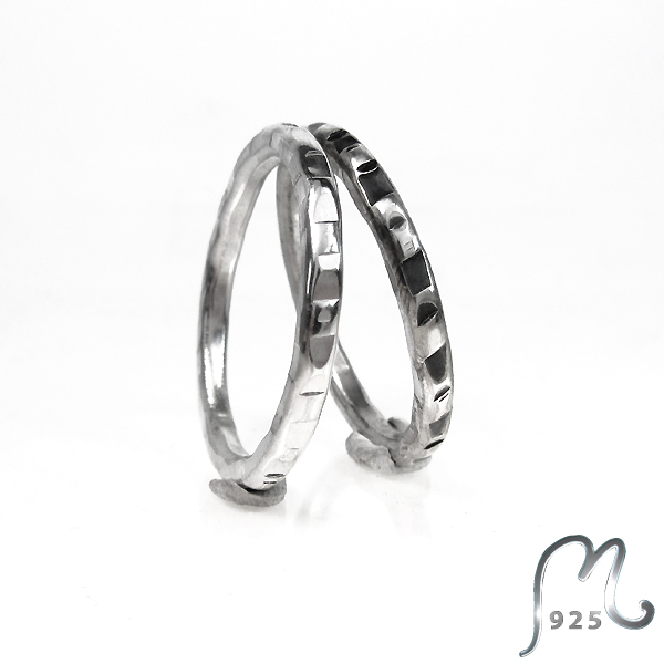 Partner in crime. Unisex wedding ring in 18 c. white gold.